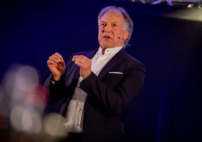 How To Distinguish Yourself As A Leader, As Laid Out By Swiss Top Executive Mentor Heinz Kaegi